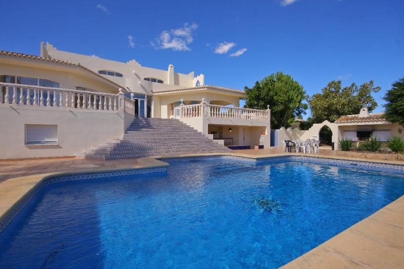 Villa Cora 4 pax, location de vacances à Benitachell