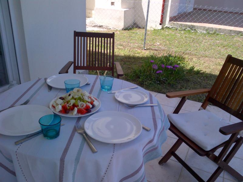 Greek house with see view Kriopigi Halkidiki, holiday rental in Diava