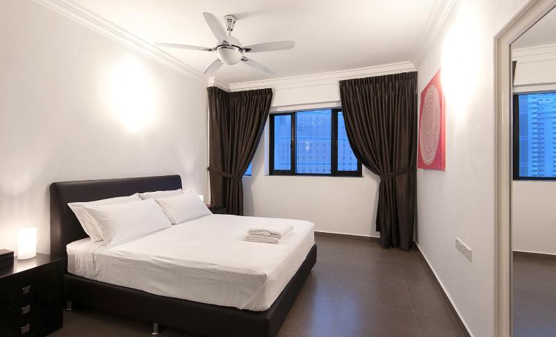 Master bedroom, with queen size double bed