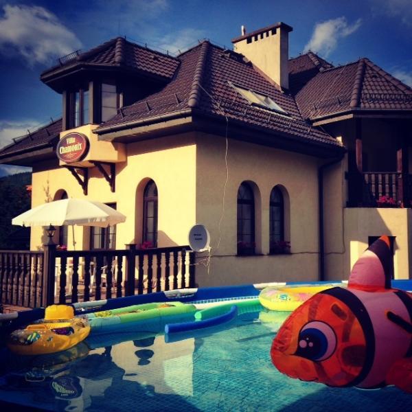 Summer holidays in Poland at the Villa Chamonix, sailing, VTT, paraglinding, nordik walking...