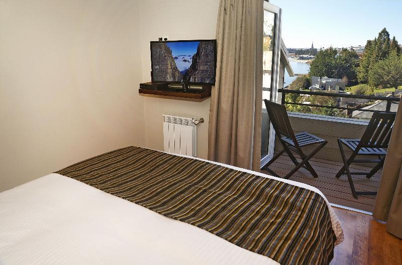 Dormitorio principal con su propio balcón