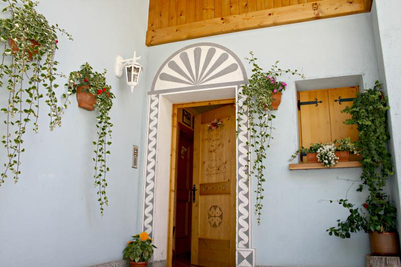 Chalet Alfonz | entrance to the apartment