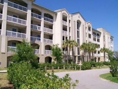 Mariner Pass Condominiums Front View toward the Gulf