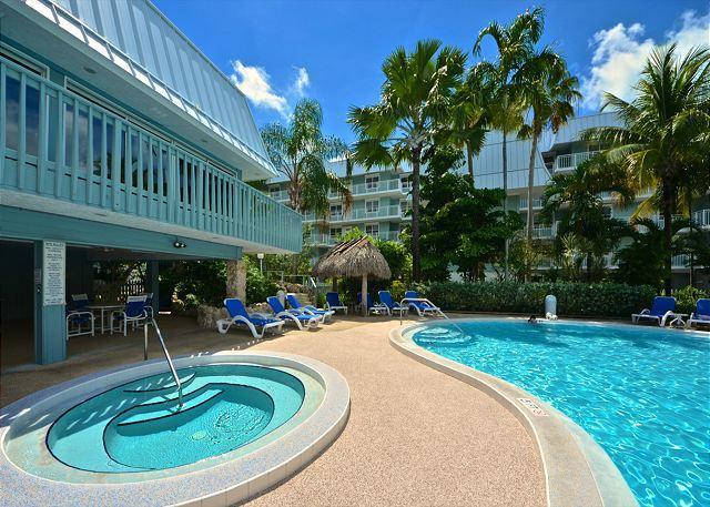 Beautiful On Site Pool & Hot Tub