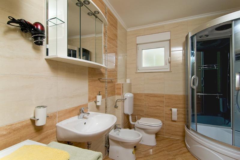 First floor bathroom #1