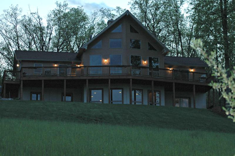 State College/Penn State:  Country-Setting Home, holiday rental in Julian