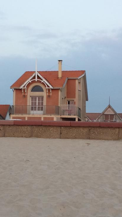 House seen from the beach...