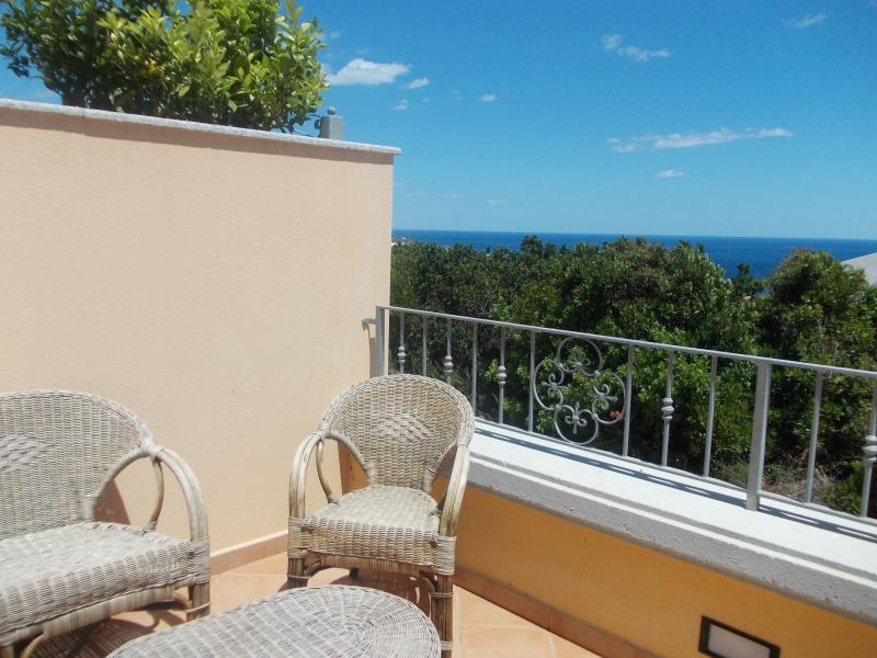Apartment to the sea-Cala Gonone, vacation rental in Dorgali