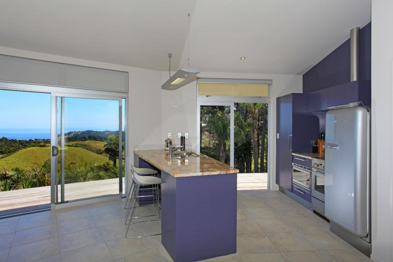 Fully equipped kitchen with seaviews