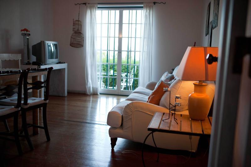 Há Mar ao Luar - Suite Azul, vacation rental in Pegoes