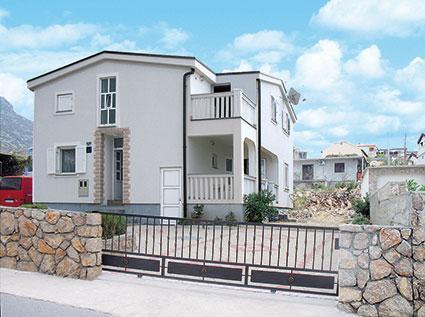 House Mira APP2, alquiler de vacaciones en Karlobag