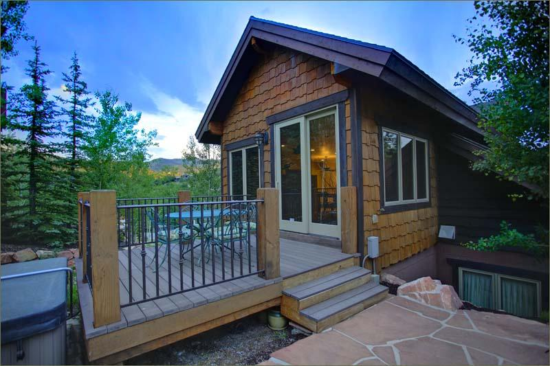 Outside upper floor deck has access to Private Hot Tub with Beautiful Views toward Deer Valley.