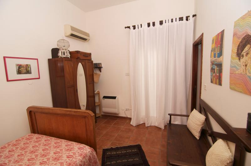 Vista dormitorio individual 3