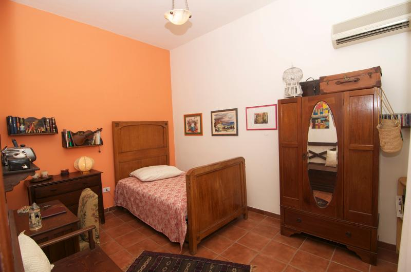 Habitación individual vista 1