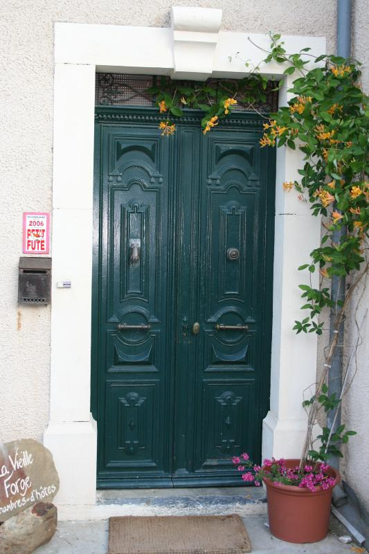 A house with original and beautiful features in a calm and peaceful Languedoc village