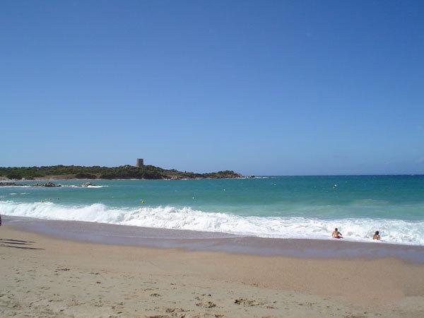 On The Beach 2, direttamente sulla spiaggia !, holiday rental in Aglientu