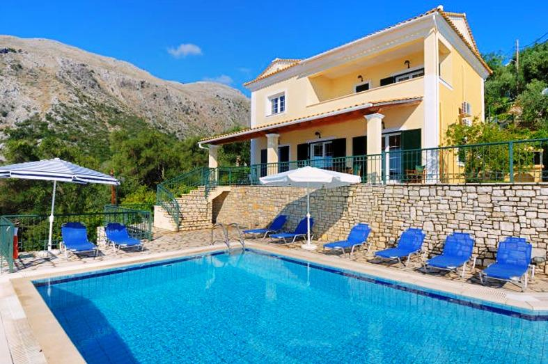 Villa Hellena - 4 bedrooms with private pool & Wi-Fi !!!, holiday rental in Nissaki