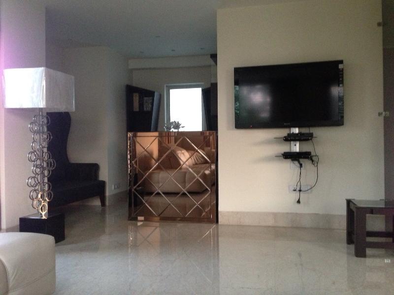 B335 New Friends Colony  Delhi 10024  India, holiday rental in National Capital Territory of Delhi