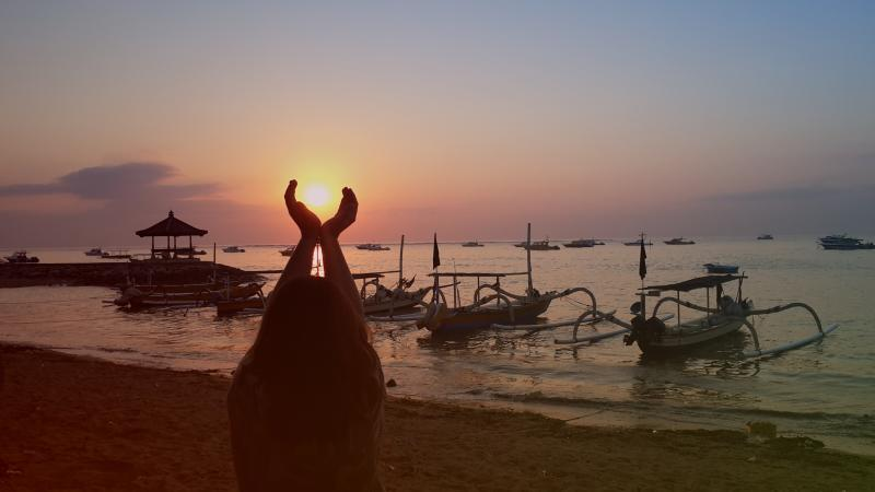 Amazing Sunrise near 'La Maisonnette' in Mertasari Sanur Beach