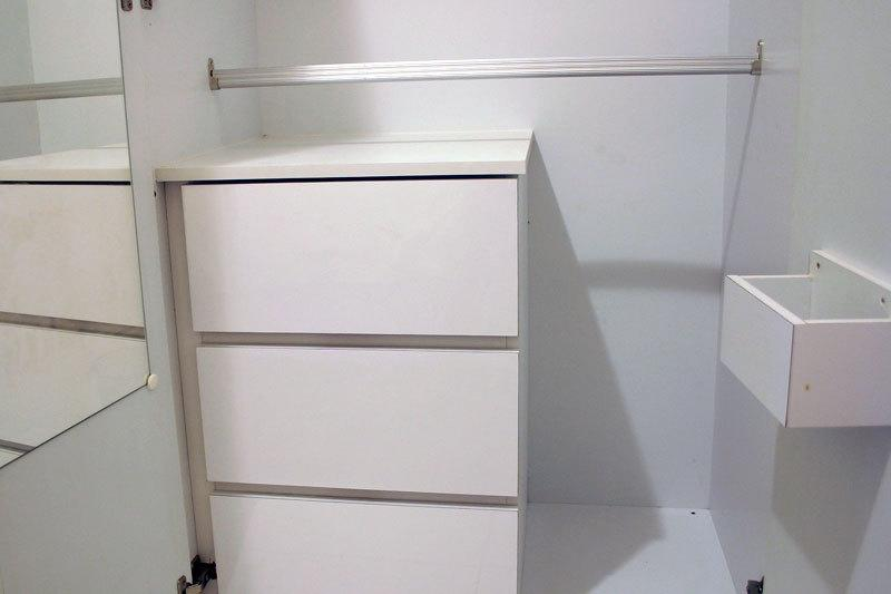 Built-in Wardrobe/Air Con in Single Room (Super Single Size)