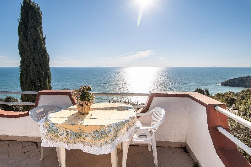 ⭐Verdemare Charming Sea Stars View Cottage, aluguéis de temporada em Gaeta