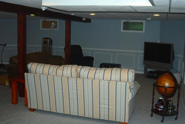 Basement TV area w/Bose surround sound, queen sleeper, office & exercise area and AC