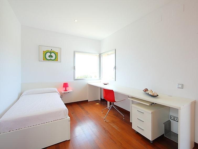 single room D