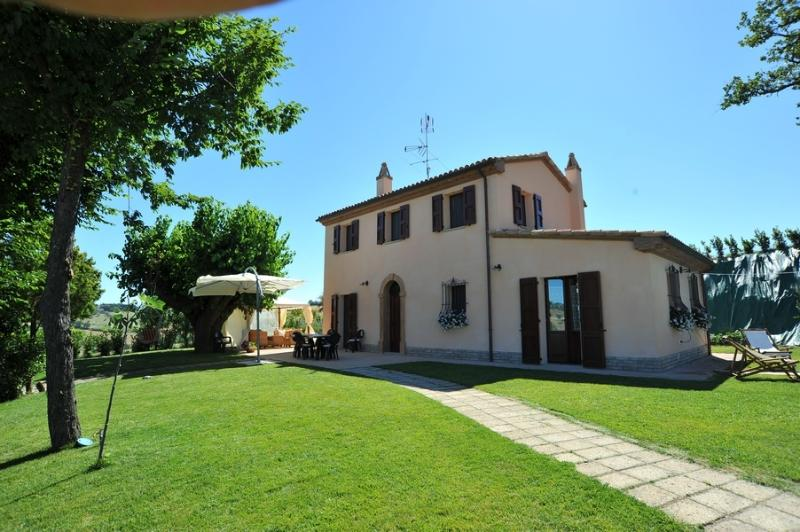 VILLA MAURO, vacation rental in Mondolfo