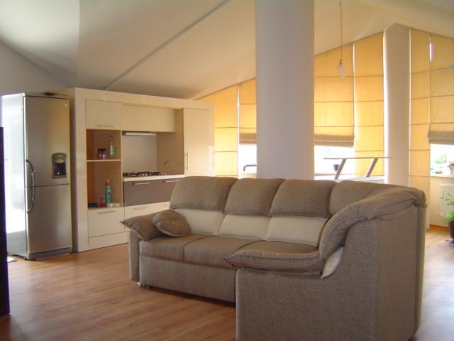 Exclusive LOFT 2 Bedroom Apartment, vacation rental in Chisinau
