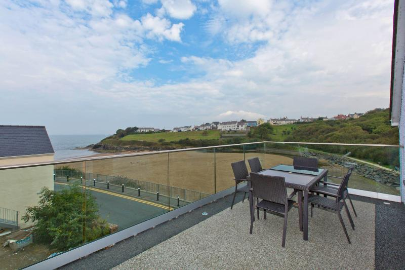 Views of the beach and the stunning Cardigan Bay from your own private balcony.