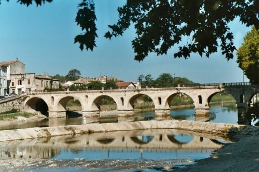 Sommières's old bridge