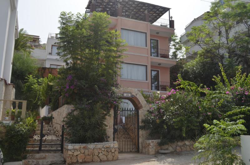 Villa Pembe 4 levels of luxury