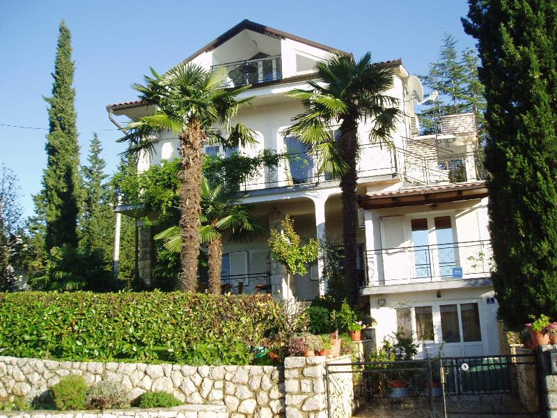 Appartments Villa Elizabet*** Malinska, Panoramablick, Strand 100m.
