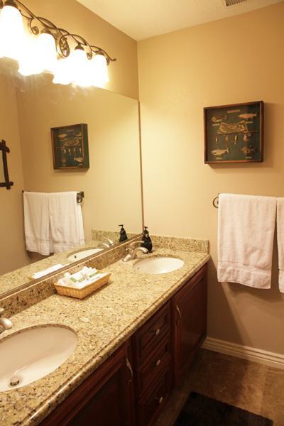 Arriba baño: Lavabo doble vanidad