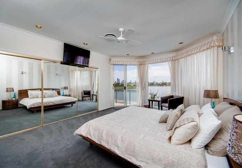 Luxury Master bedroom with IQ HD Foxtel Tv