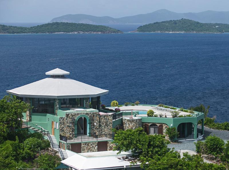 Has Waterfront and Balcony - Rental in East End, U.S. Virgin Islands