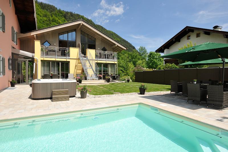 Grote buitenruimte door de Ferienparadies Alpenglühn