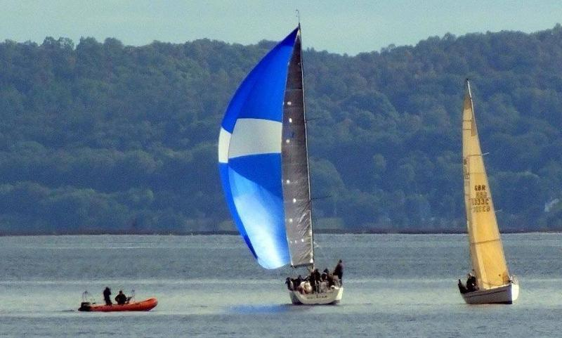 Sailing on the Gareloch