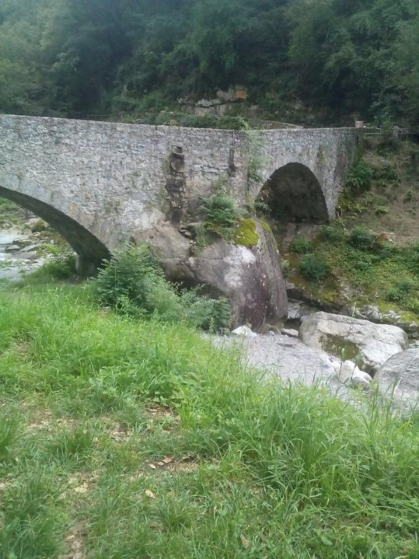 the Roman bridge in Nosee river