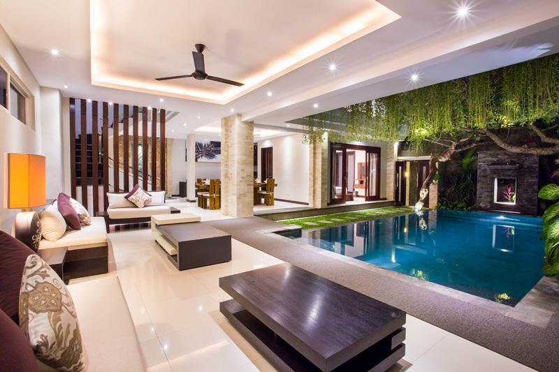 living view pool
