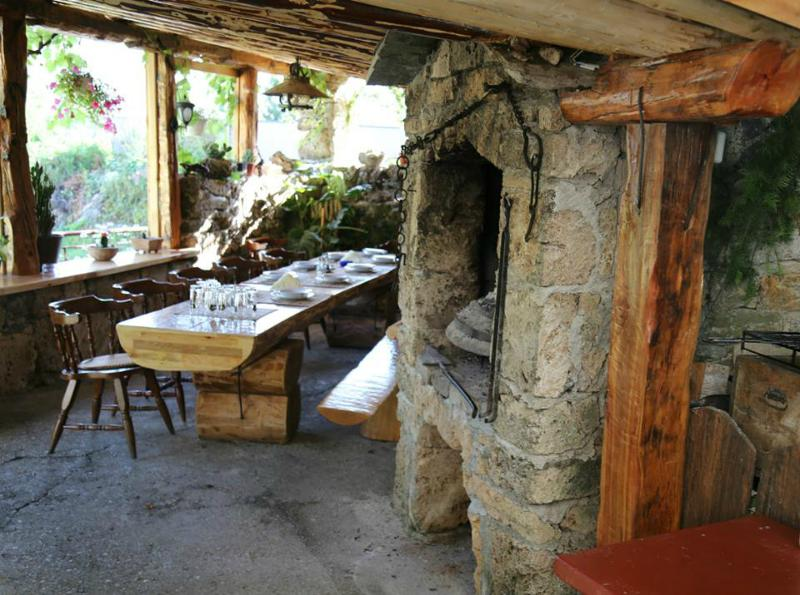Raft Zone Neretva - Raft N' Stay, vacation rental in Jezero