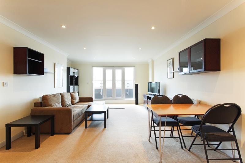 Abodebed Handleys Ct,  - 2 Bed Penthouse 67, location de vacances à Aldbury