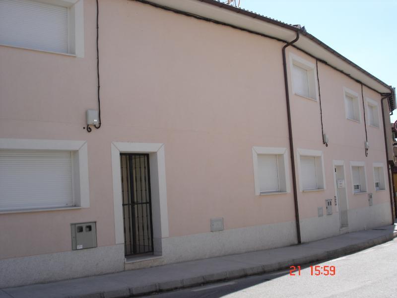 Casa ROSA en pueblo tranquilo, casa vacanza a Aguilafuente