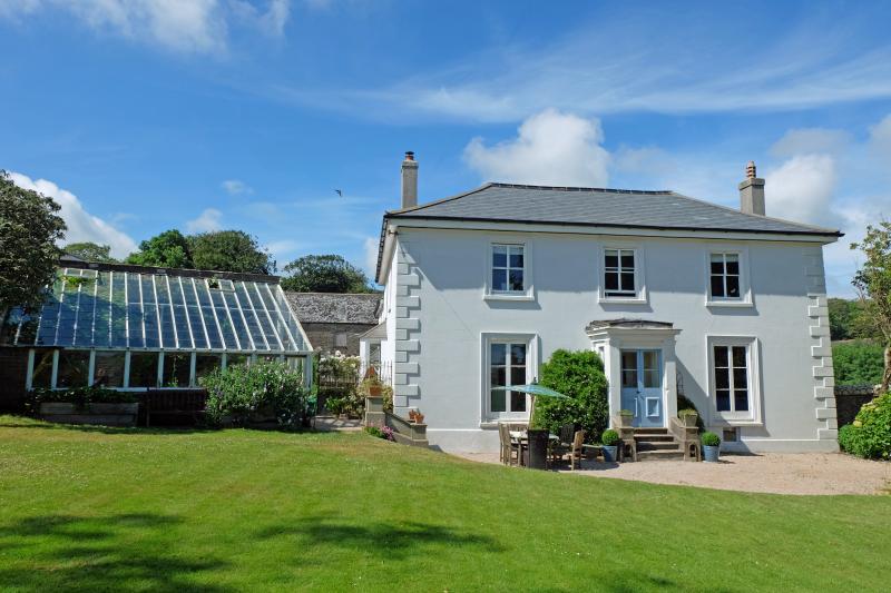 Old Coleridge Farmhouse set in the heart of one thousand acres of glorious Devon farmand