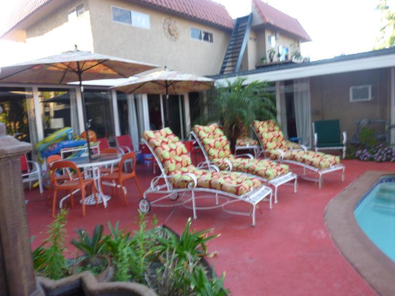 Restaurants In Garden Walk Anaheim Ca: Anaheim Disney Resort Estate