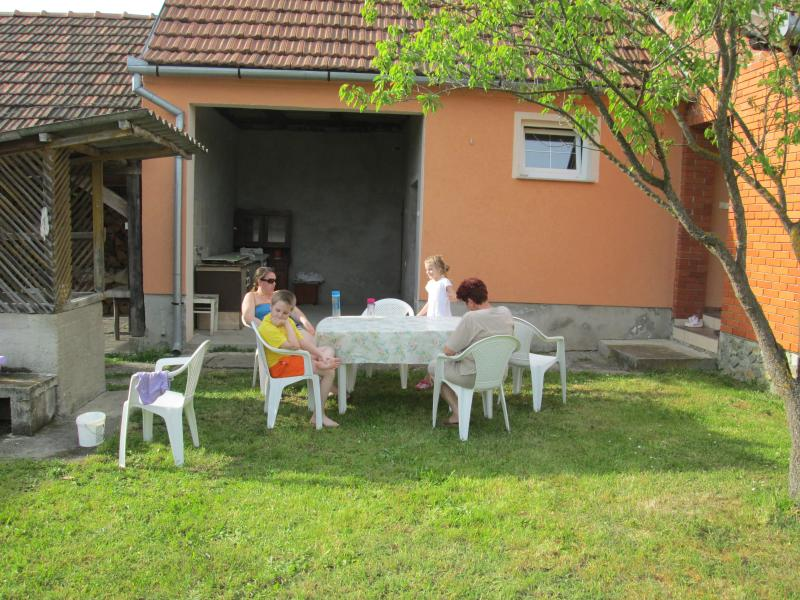 Jurenac family house, Paušinci ,Čačinci,Virovitica, holiday rental in Nasice