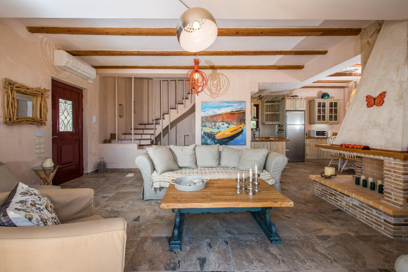 Villa Rosa living room