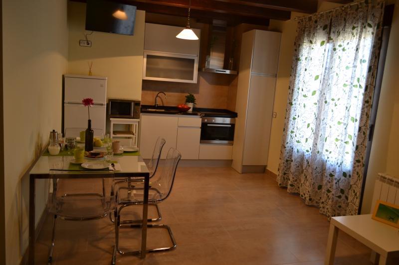 La Cantamora-Valderramiro apartamento 2pax, alquiler de vacaciones en Provincia de Valladolid