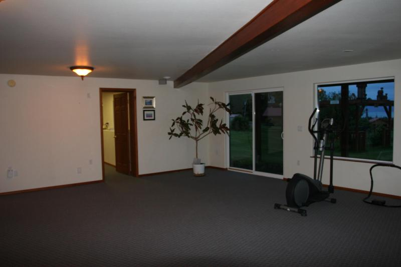 Activity room with elliptical