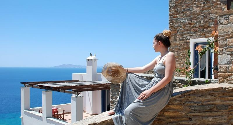 Andros Prive Suites, holiday rental in Gavrion